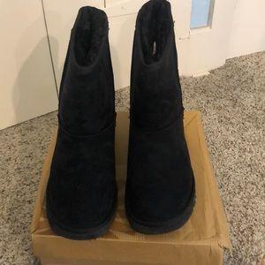 UGG women's classic short boots
